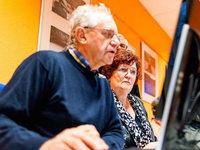 Wie Senioren von Computer und Smartphone profitieren