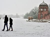 Zugefrorener Freiburger Flückigersee nicht freigegeben