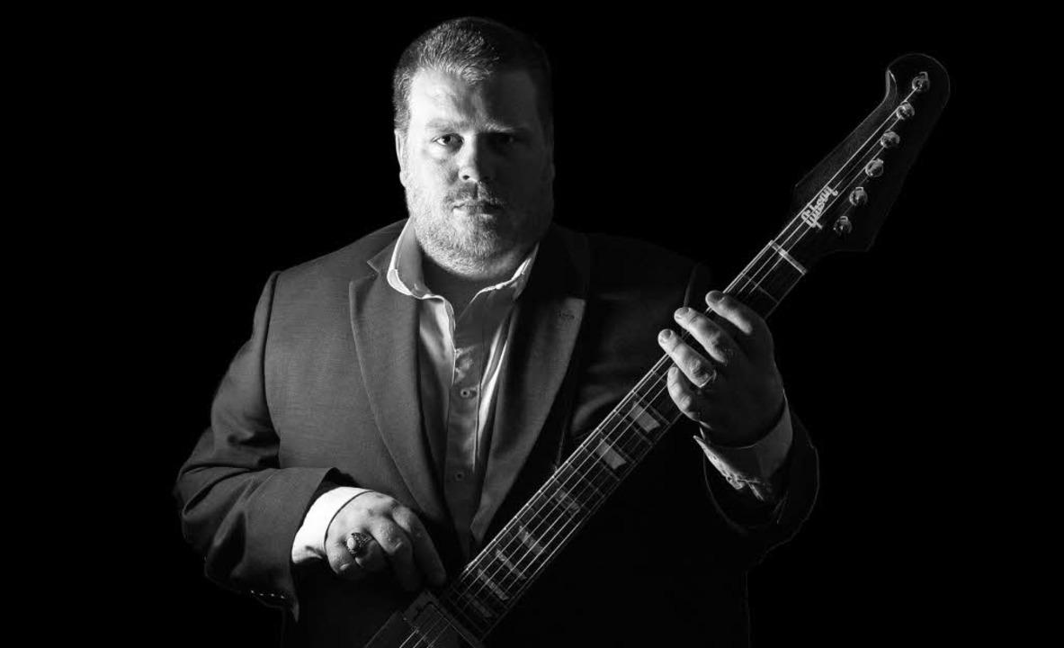 Der Gitarrist Danny Bryant kommt mit erweiterter Band nach Freiburg.  | Foto: Jim Templeton-Cross