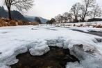 Fotos: Dauerfrost lässt Dreisam in Freiburg gefrieren