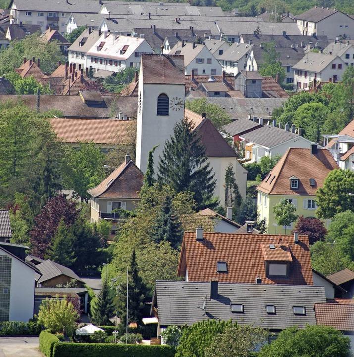 Der Jubiläumsort Haltingen bildet den Schwerpunkt im neuen Stadtführerprogramm.   | Foto: Frey