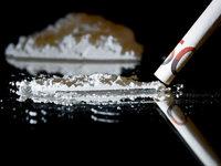 Junge, europäische Alleinreisende sind anfällig für Drogenjobs