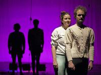 Performance und Tanz im Roxy Theater Birsfelden