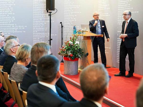 WVIB-Hauptgeschäftsführer Christoph Münzer (links) und SEW-Technikchef Johann Soder.