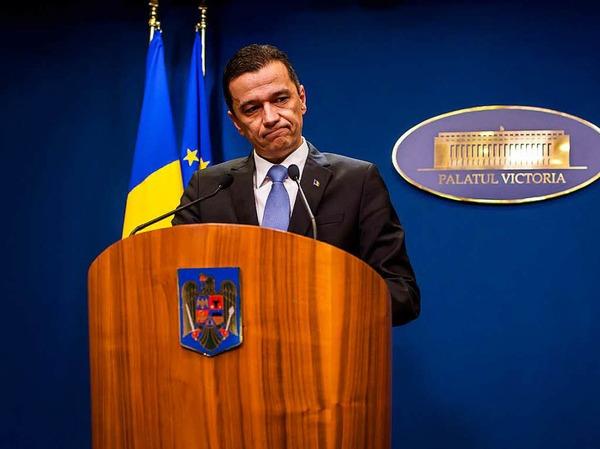 """Rumäniens Ministerpräsident Sorin Grandeanu sagte: """"Wir haben die Stimme der Straße gehört."""""""