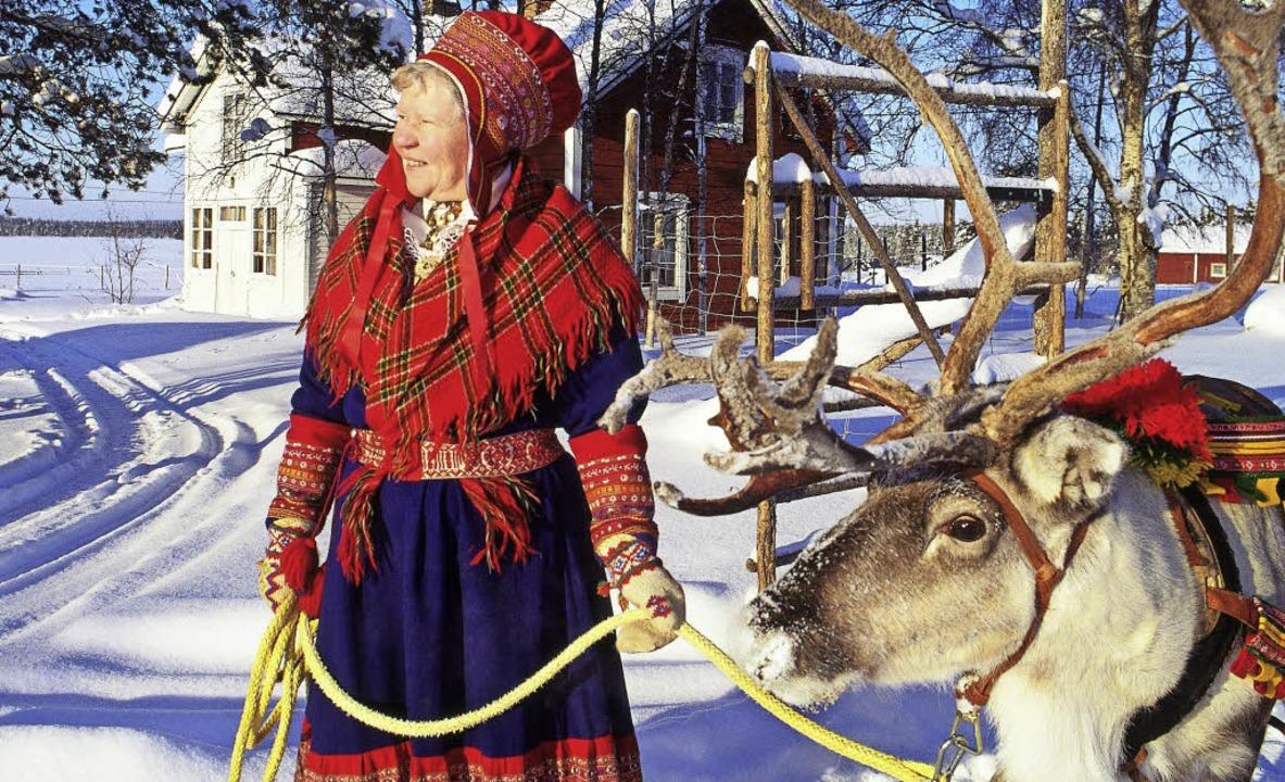 Eine samische Frau in  traditioneller Tracht    Foto: dpa