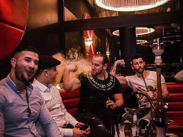 Die Eröffnungsparty in der Shisha-Bar Infinity.
