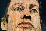 Fotos: Lörrachs große Stephan Balkenhol-Figur ist wieder da