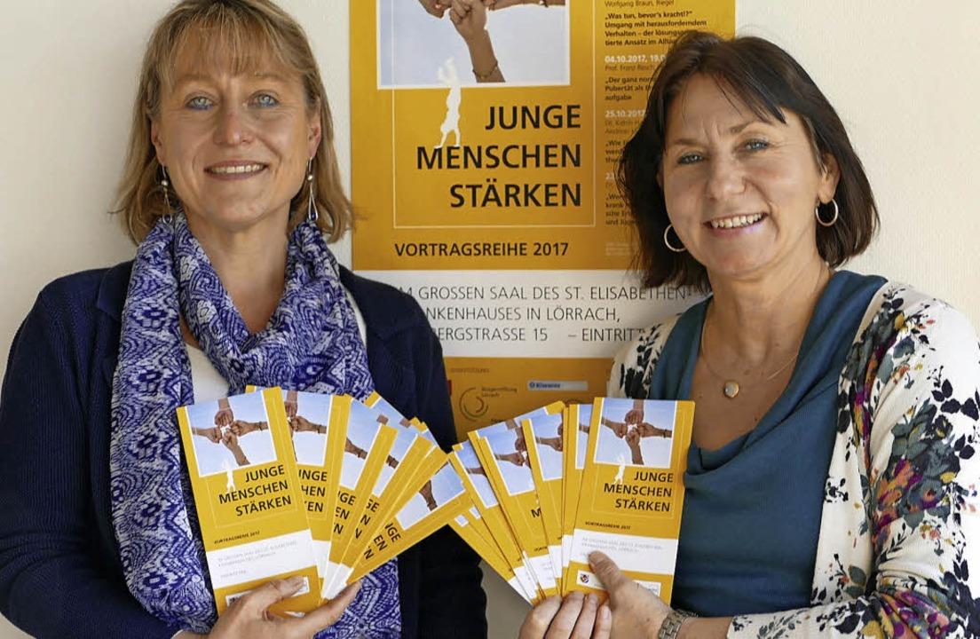 Schulleiterin Barbara Timm    und  ihr...ende Vortragsreiche zusammengestellt.   | Foto: Kathrin Ganter