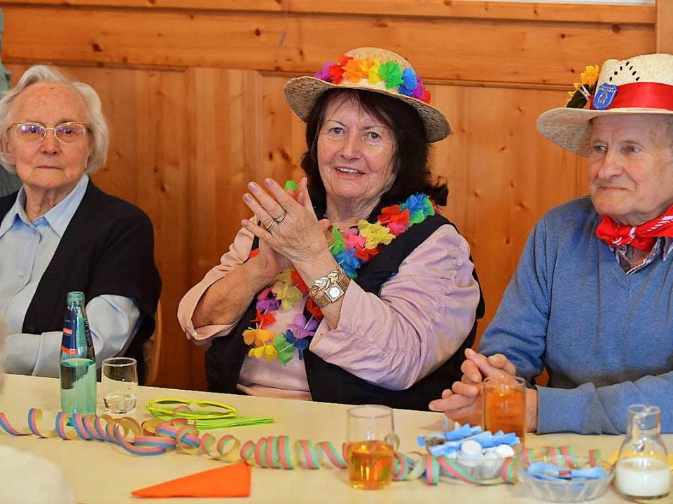 Gute  Laune beim närrischen Seniorennachmittag in  Lenzkirch.   | Foto: Wolfgang Scheu