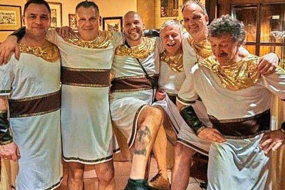 Adonis wäre neidisch: Die Herren des Elferrats Dierk Knoblauch,  Oliver Neidhardt, Marcus Gerd, Dieter Kosmac, Ralf Malnati und Johannes  Böhler (von links) wussten die Wiiber zu begeistern.