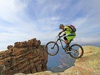 Mit 50 Jahren noch Extrem-Mountainbiker: Hans Rey