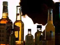 Warum manche mit Alkohol müde, andere aggressiv werden