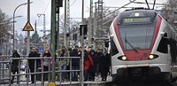 Breite Plattform für S-Bahn