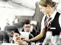 Lufthansa castet mehr als 100 Stewardessen in Offenburg