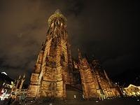 Warum das Münster wieder neue LED-Strahler bekommt