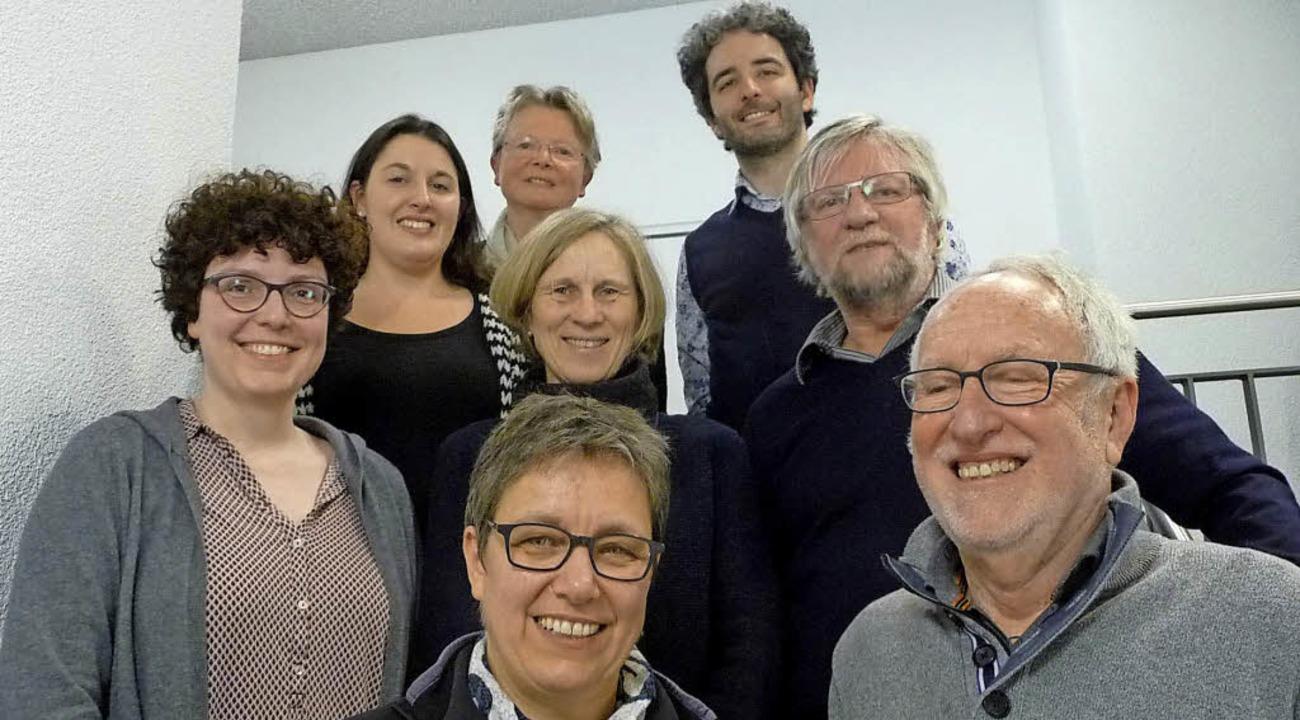 Der Vorstand des Kammerchors Cantemus:...ser und Bernhard Schmidt (Chorleiter).  | Foto: Andrea Steinhart
