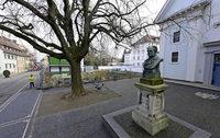 Alter Andlau-Brunnen ersetzt das Alban-Stolz-Denkmal vor der Konviktskirche