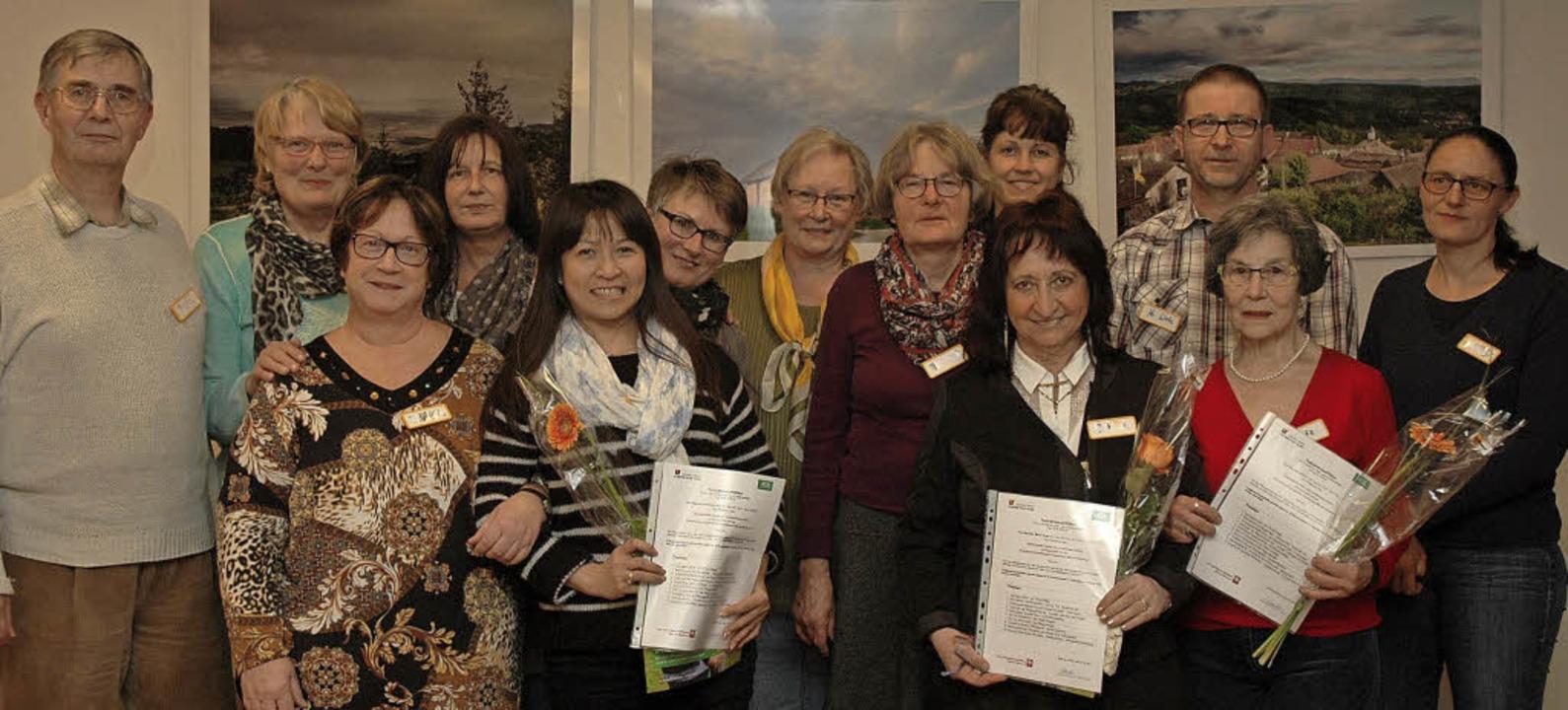 Das Pflegeheim Markgräflerland und die...ie Teilnehmer ihr Abschlusszertifikat.  | Foto: OUNAS-KRÄUSEL