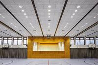Alte Halle mit neuer Technik