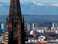 2018 soll der Münsterturm endlich gerüstfrei werden
