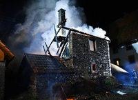 Backhaus brennt nieder