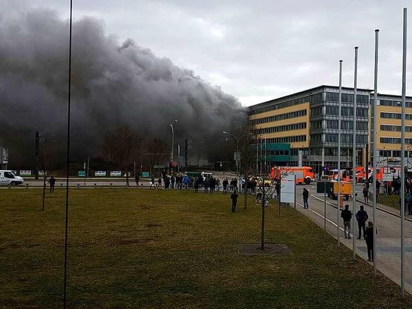 Brand im Solar-Info-Center an der Emmy-Noether-Straße