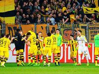 2300 Borussen-Fans waren friedlich beim SC zu Gast