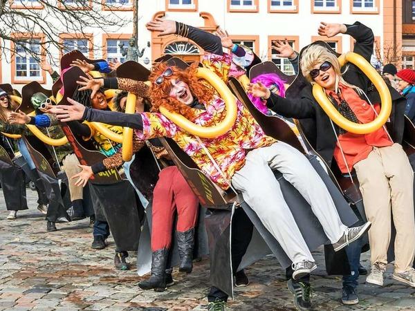 Beste närrische Stimmung war beim großen Umzug am Fasnet-Sonntag in Grafenhausen angesagt.
