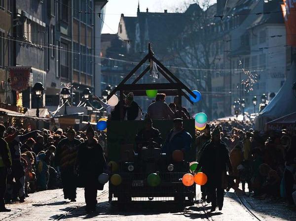 Närrisch am Fasnetmendig in Freiburg