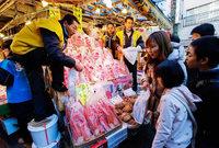 Früher Feierabend soll Konsumverhalten der Japaner ankurbeln