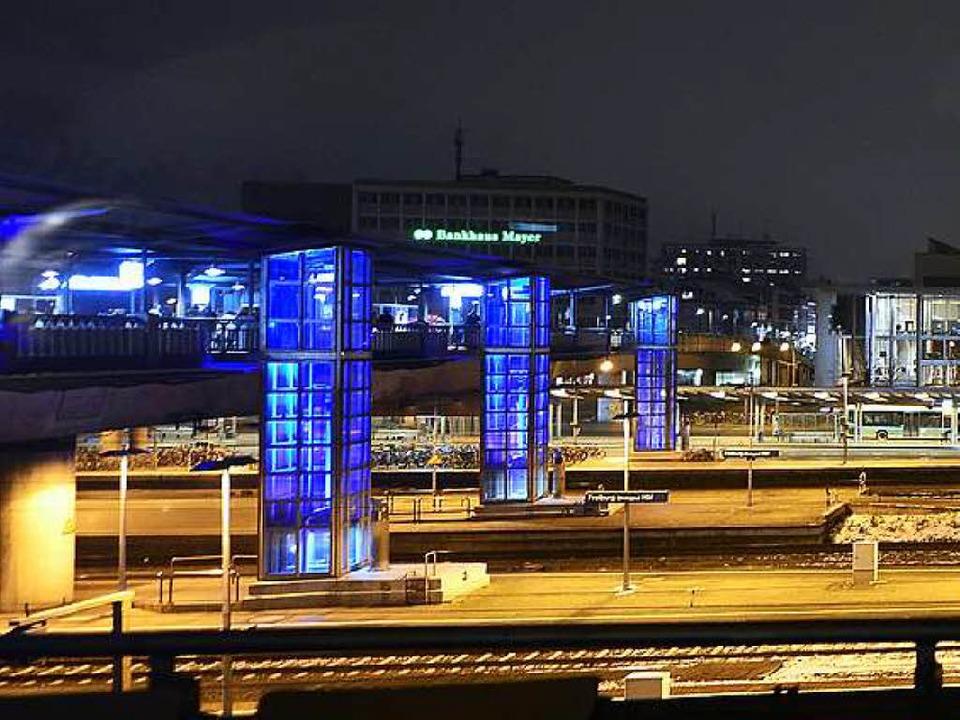 Die Stadtbahnbrücke verbindet den Stühlinger mit der Innenstadt (Archivbild).  | Foto: Ingo Schneider