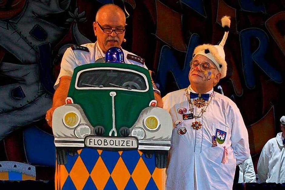 Flobolizei: Florian Ücker mit Vogt Michael I. (Foto: Christian Ringwald)