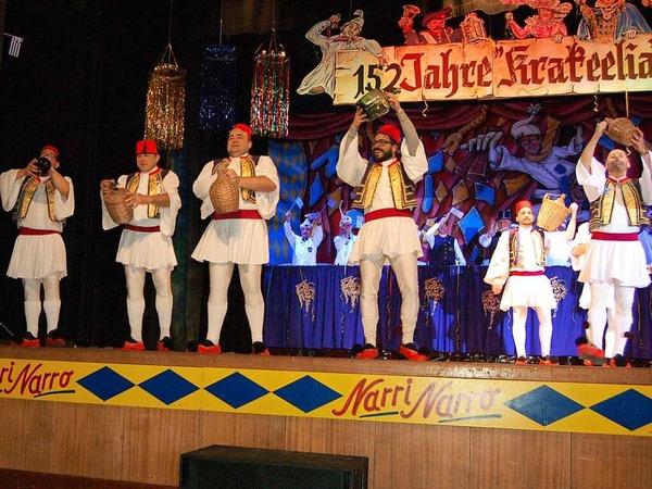 Sirtaki-Ballett der Feuerwehr Waldkirch