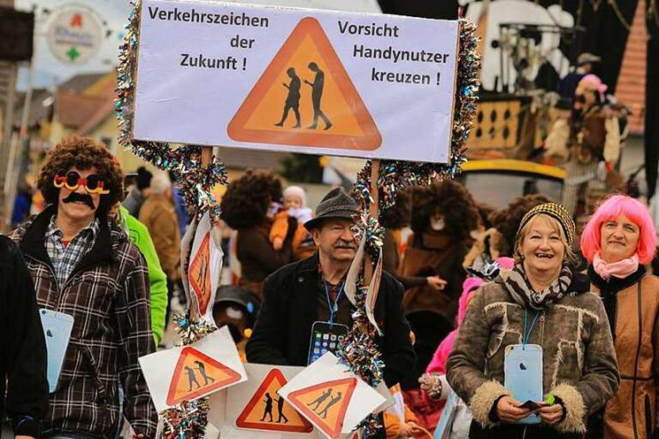 Volkssportfreunde Grafenhausen beim Umzug. (Foto: Sandra Decoux-Kone)