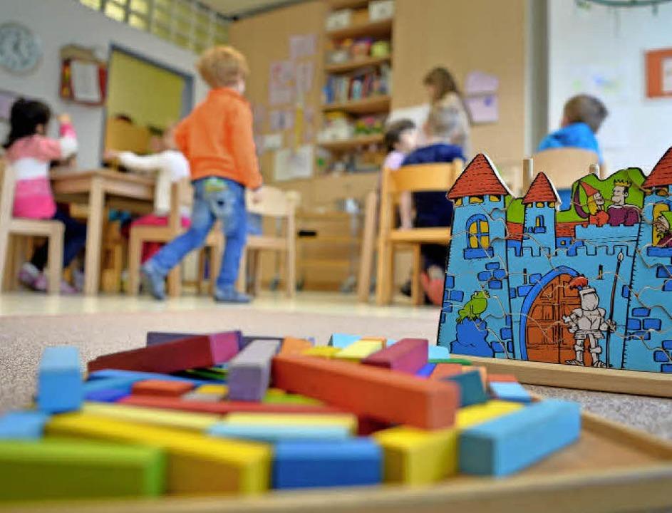 Kindergärten sind nicht nur zum Spiele...ehr pädagogische Konzepte eine Rolle.   | Foto: dpa