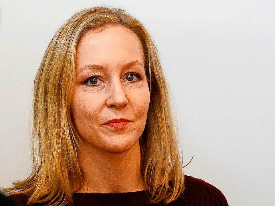 Meike Schlecker, Tochter des Drogeriemarkt-Gründers am Montagmorgen bei Gericht  | Foto: AFP