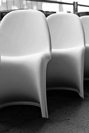 der monobloc eine designikone und zugleich massenware weil am rhein badische zeitung. Black Bedroom Furniture Sets. Home Design Ideas