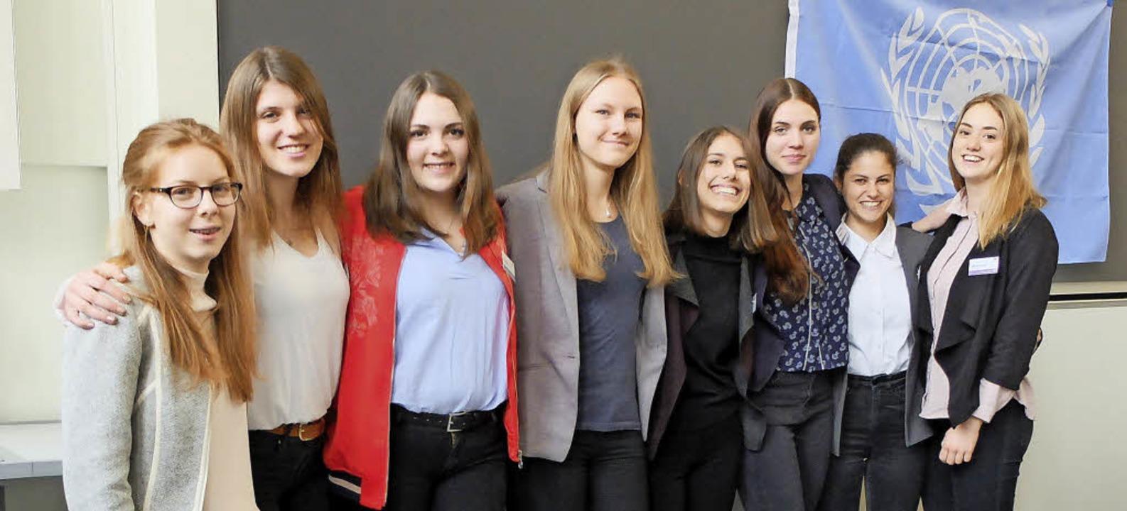 Am Modell United Regio Basel beteiligt...lerinnen des Theodor-Heuss-Gymnasiums.  | Foto: Privat
