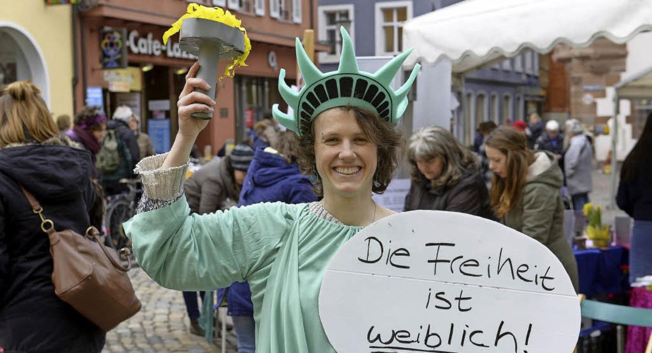 Die Freiheit verteidigen  gegen rechte...e zentrale Forderung  beim Frauentag.   | Foto: ingo schneider