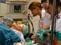 Wie Ärzte in OP-Simulationen den Ernstfall proben