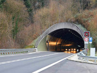 Brandmeldeanlage im Hugenwaldtunnel löst Alarm aus