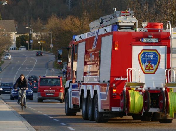 Das Löschfahrzeug der Chemiewehr von DSM in Grenzach-Wyhlen kam zur Unterstützung.