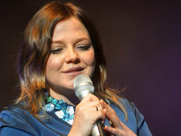 Popsängerin Annett Louisan gibt ein Konzert in Freiburg