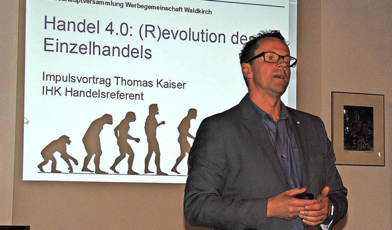 Thomas Kaiser von der Industrie- und H...at zur Zukunft des Innenstadthandels.   | Foto:  Sylvia Sredniawa