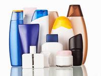 Einbrecher klauen Kosmetikartikel aus Badezimmer