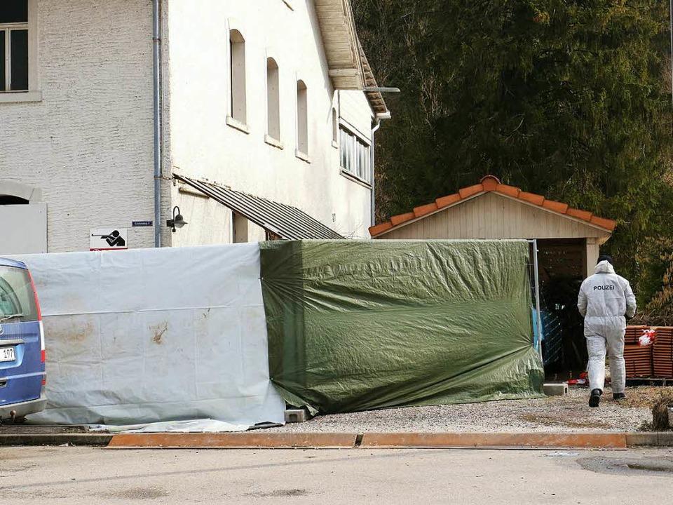 Der 48-jährige Angeklagte im Stühlinge...hrigen Waffenhändler getötet zu haben.  | Foto: Wilfried Dieckmann