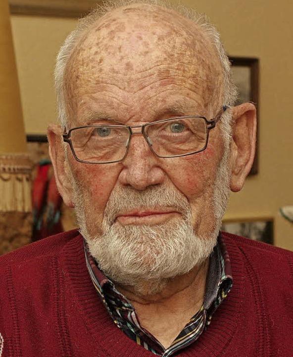 Der 84-jährige Ekkehard Köllner feiert  am Sonntag seine Gnadenkonfirmation.     Foto: Günter Hammer