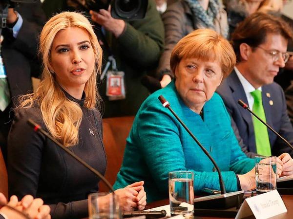 Merkel und Trump treffen sich mit ihren Delegationen im Weißen Haus. Mit dabei: Trumps Tochter Ivanka (links).
