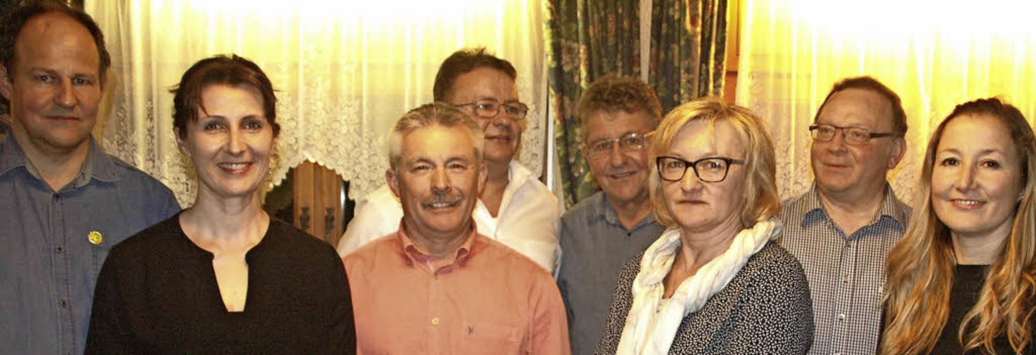Gleich doppelt geehrt werden konnten d... Ebner sowie Doris Fischer (von links)  | Foto: Karin Stöckl-Steinebrunner